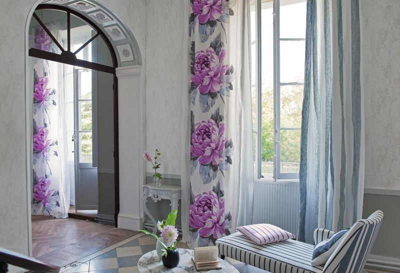 Apartment Decorating Ideas with Curtains