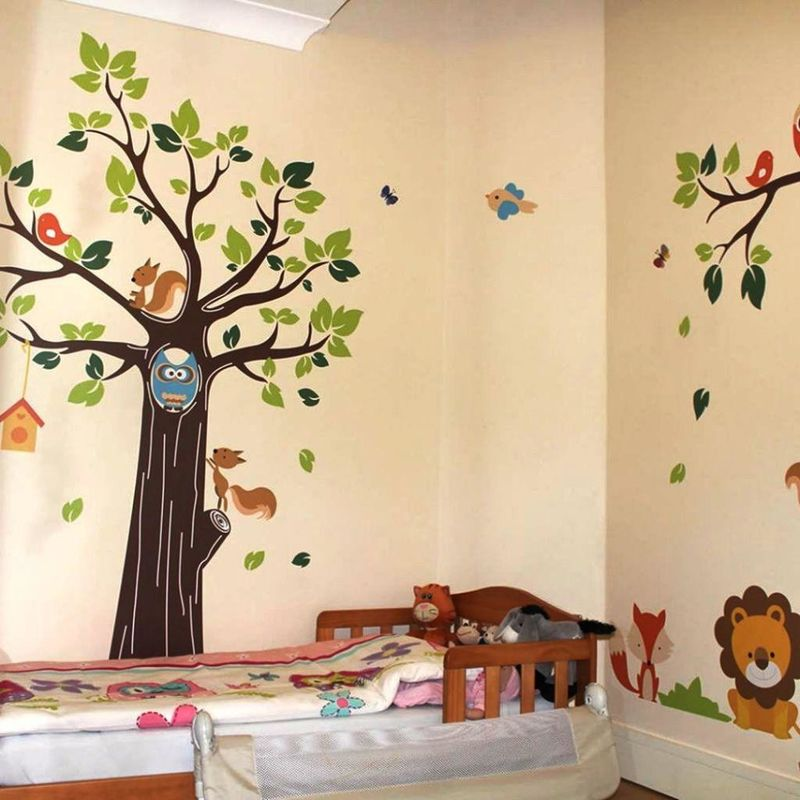 Baby room ideas in animal themes for Baby mural ideas