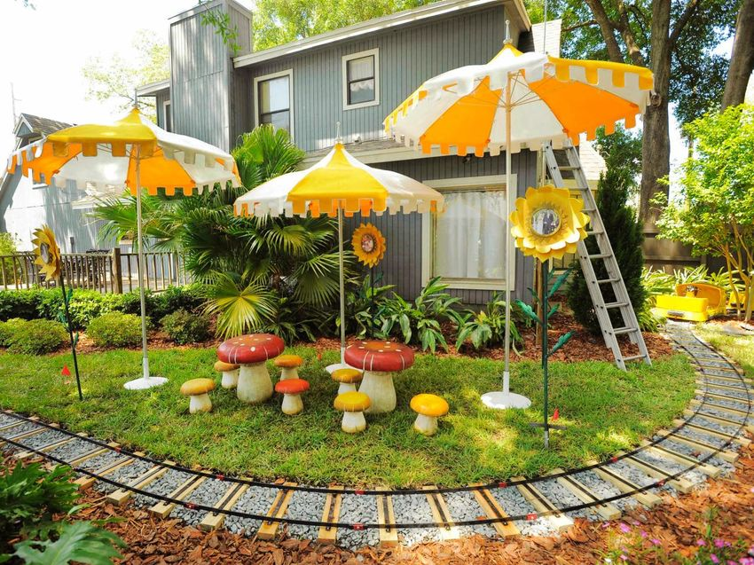 garden design with four simple backyard design ideas for busy people with cottage garden from housedecorationideas - Garden Design Child Friendly