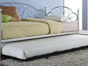 Bedroom trundle bed