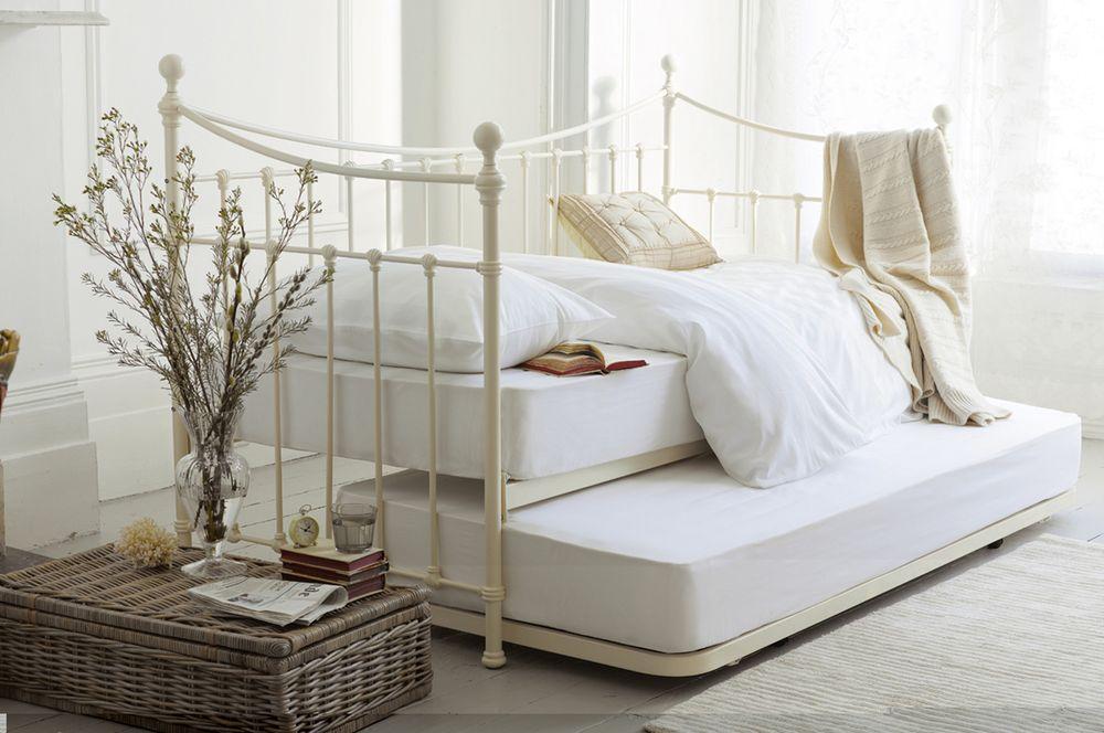 Trundle bed design