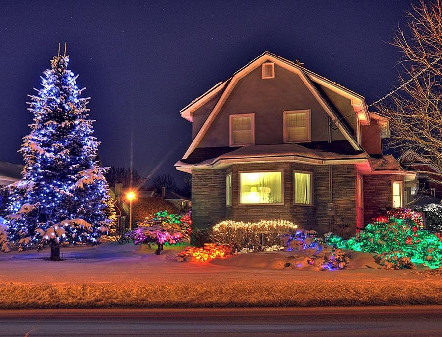 Let s look for christmas decoration ideas 2015 - Christmas house lights ideas ...