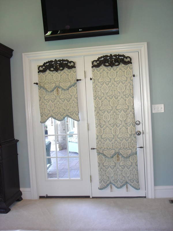 Choosing The Best Door Curtain Design For Kitchen