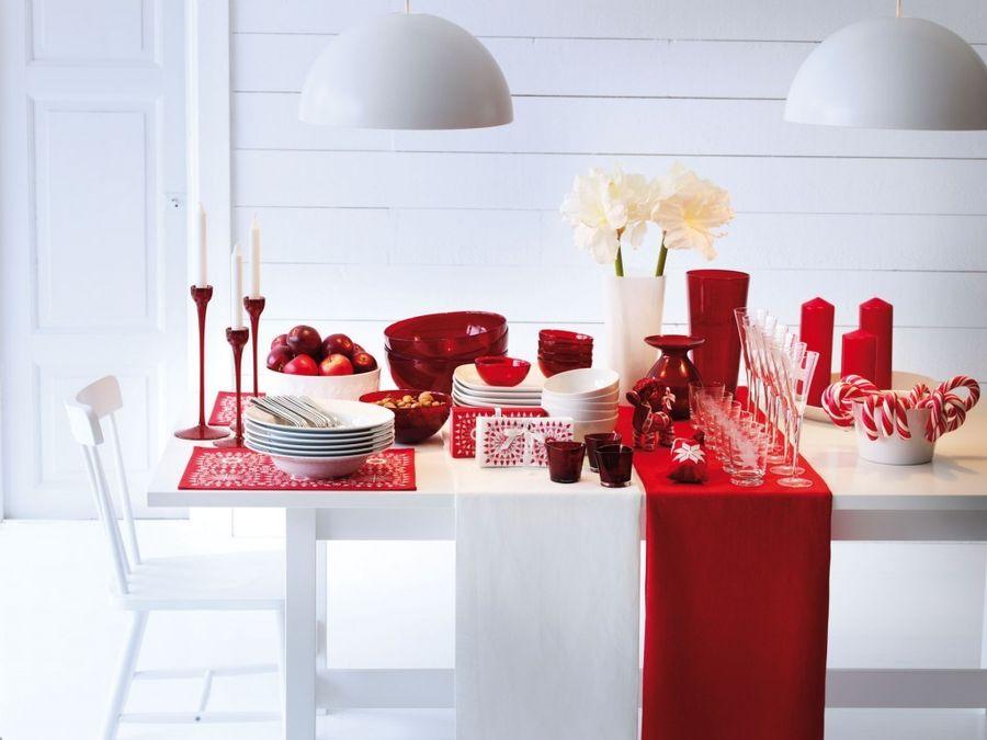 Red Christmas decoration idea