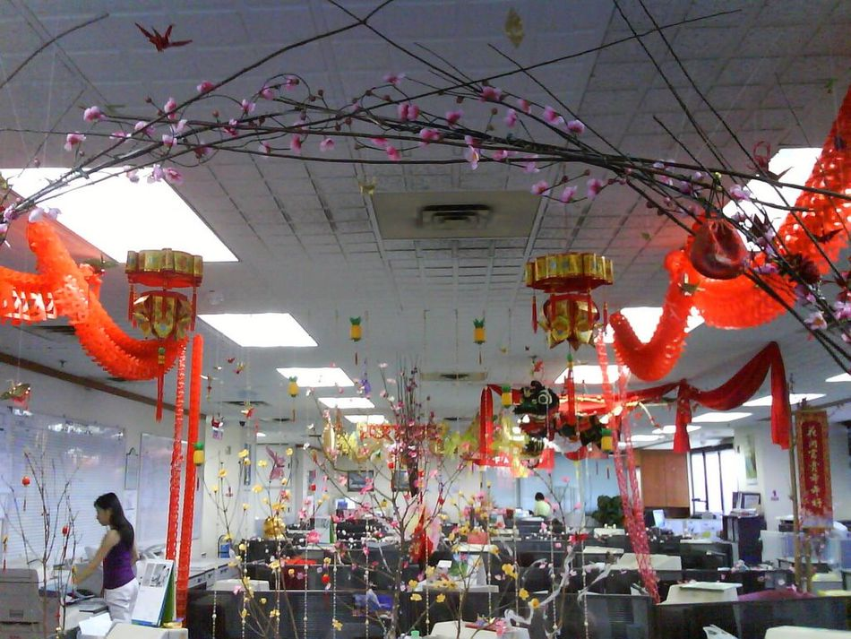 office new year decorationoffice new year decoration